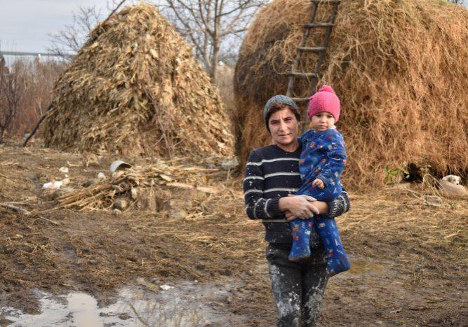 Roemenië Romania moeder kind mother child